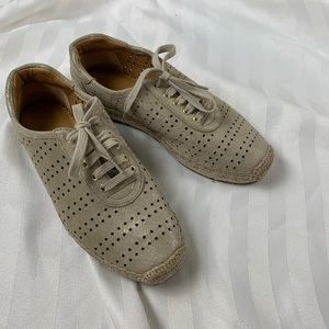 Marc Fisher Espadrille Ivory Lace Up Sneaker Sz 7